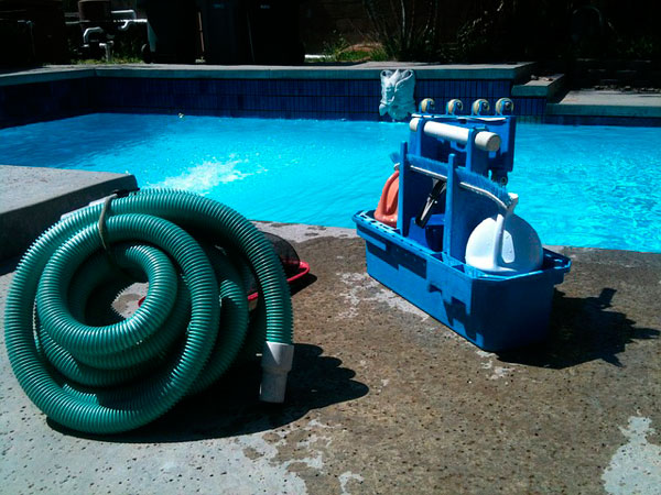 limpieza de tuberías de piscina